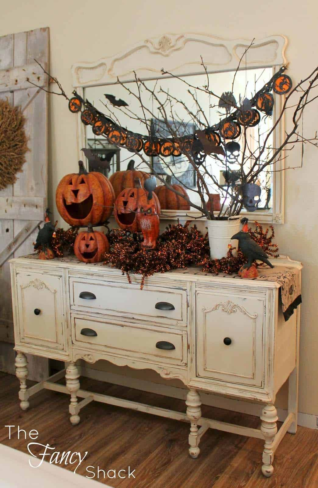 Fall-Inspired Entryway Decorating Ideas-19-1 Kindesign