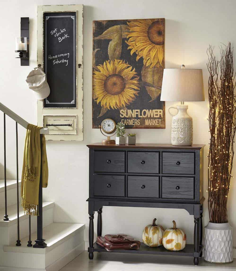 Fall-Inspired Entryway Decorating Ideas-24-1 Kindesign