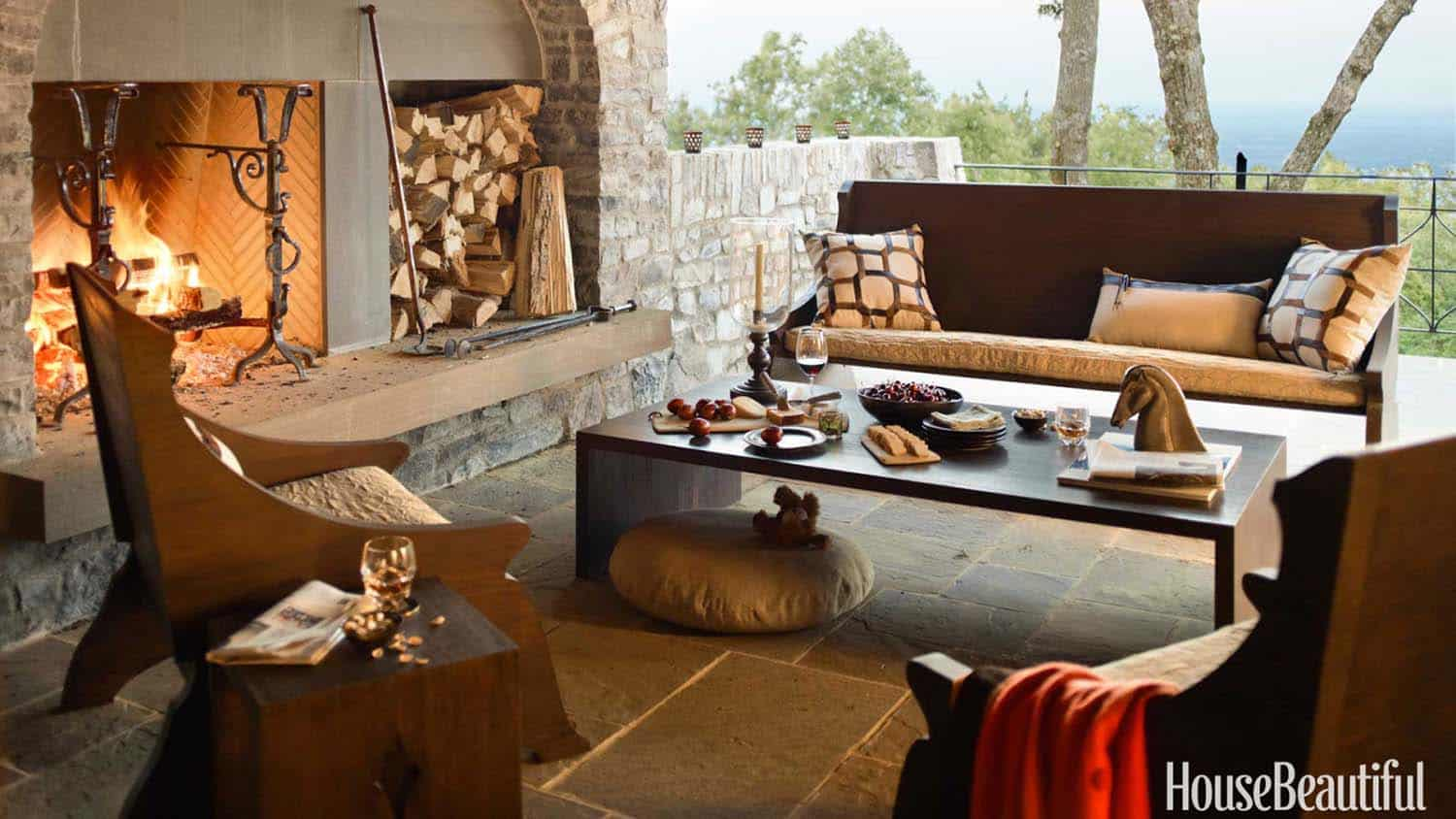 Fall-Inspired Outdoor Living Spaces-15-1 Kindesign