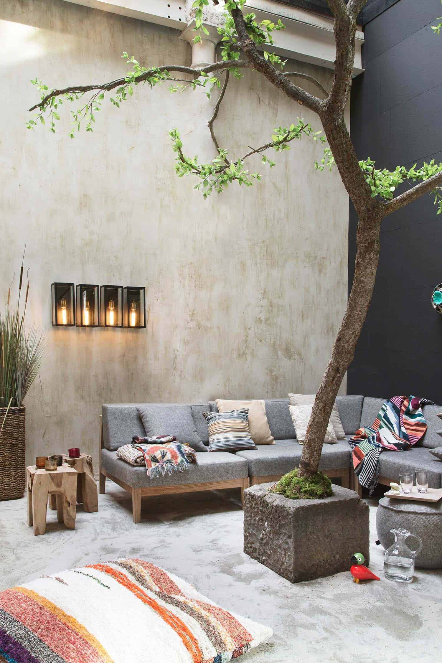25 Fall inspired outdoor living spaces that are ultra cozy
