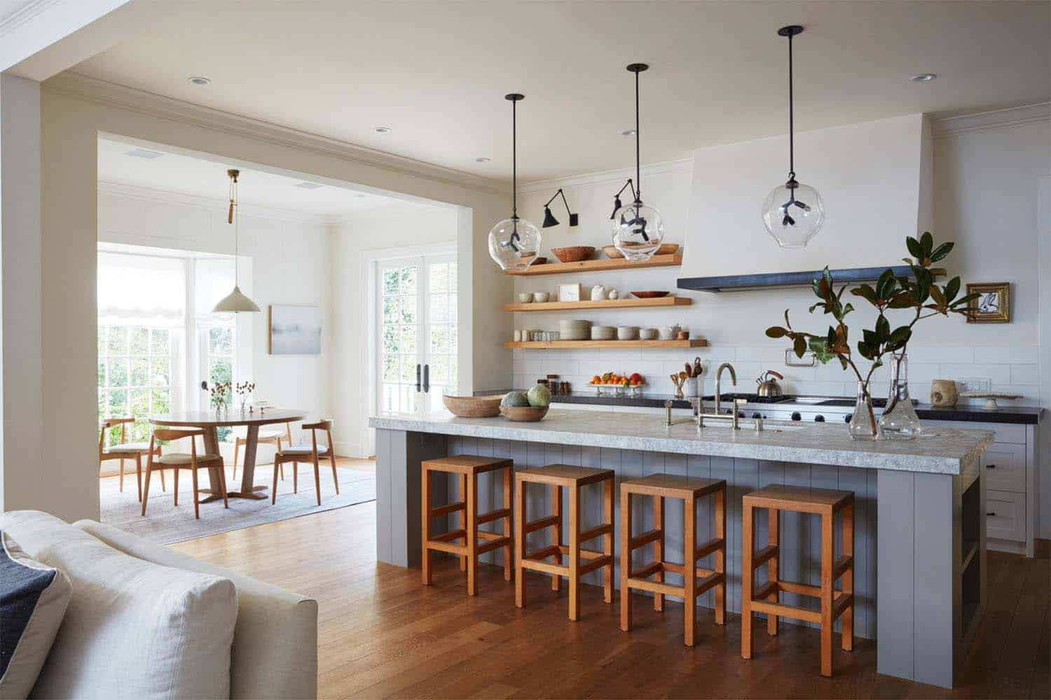 Historic Farmhouse Renovation-Ken Linsteadt Architects-04-1 Kindesign