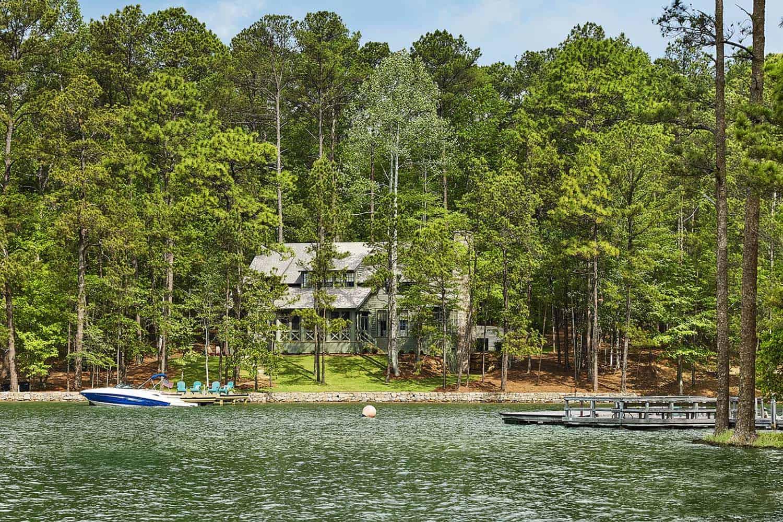 Lakefront Home-Pfeffer Torode Architecture-01-1 Kindesign