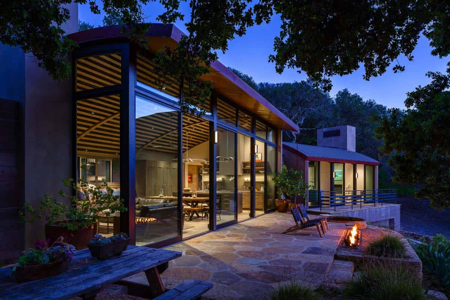 Modern Family Retreat-Neumann Mendro Andrulaitis Architects-18-1 Kindesign