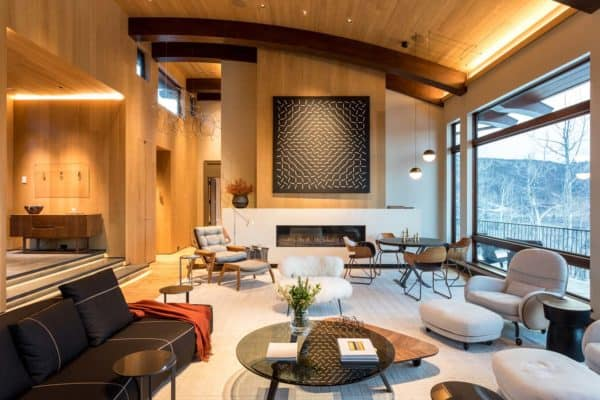 featured posts image for Snowmass Village ski retreat displaying unique design highlights