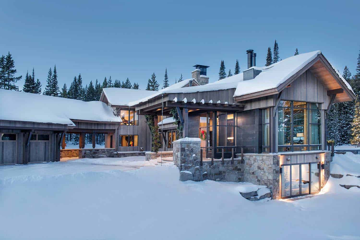 Breathtaking mountain modern home deep in the montana forest for Montain house