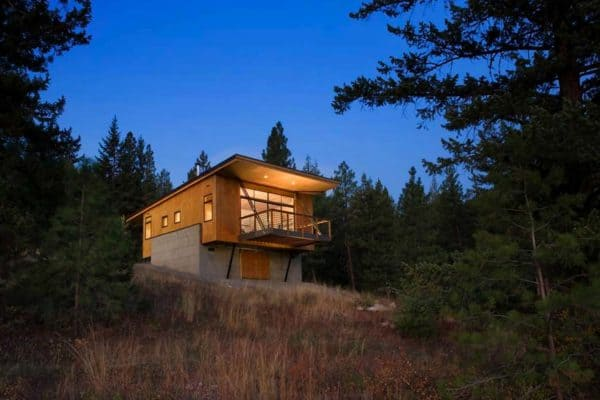 featured posts image for A budget-friendly cabin surrounded by forest in Methow Valley