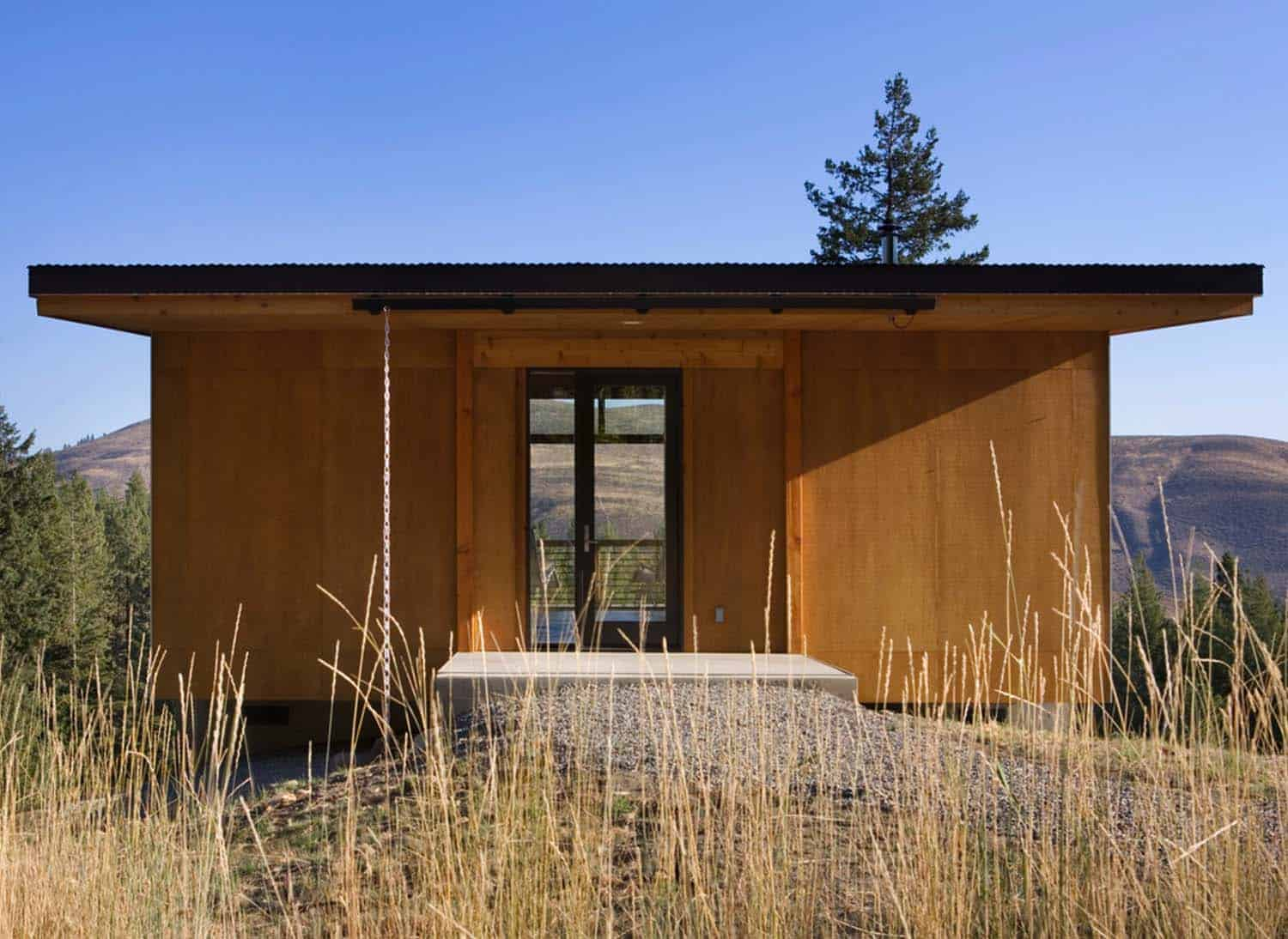 Natural Modern Forest Cabin-Prentiss Balance Wickline Architects-04-1 Kindesign