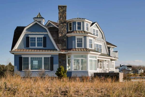 featured posts image for Dreamy seaside home in Maine with New England style architecture