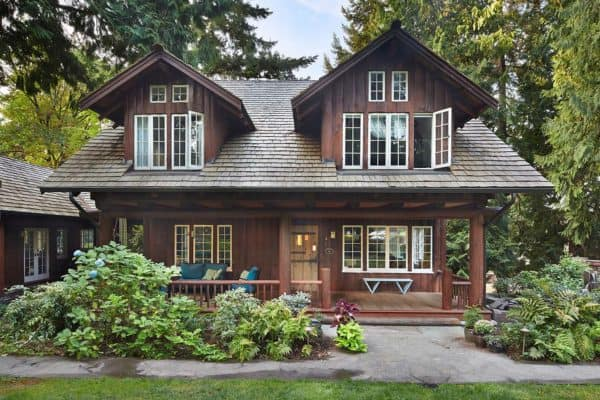 featured posts image for Refreshing update to an historic log home in the Seattle suburbs