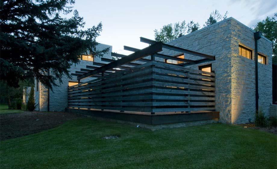 Contemporary Farmhouse Design-Surround Architecture-16-1 Kindesign