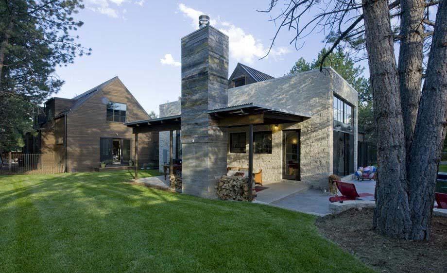 Contemporary Farmhouse Design-Surround Architecture-19-1 Kindesign