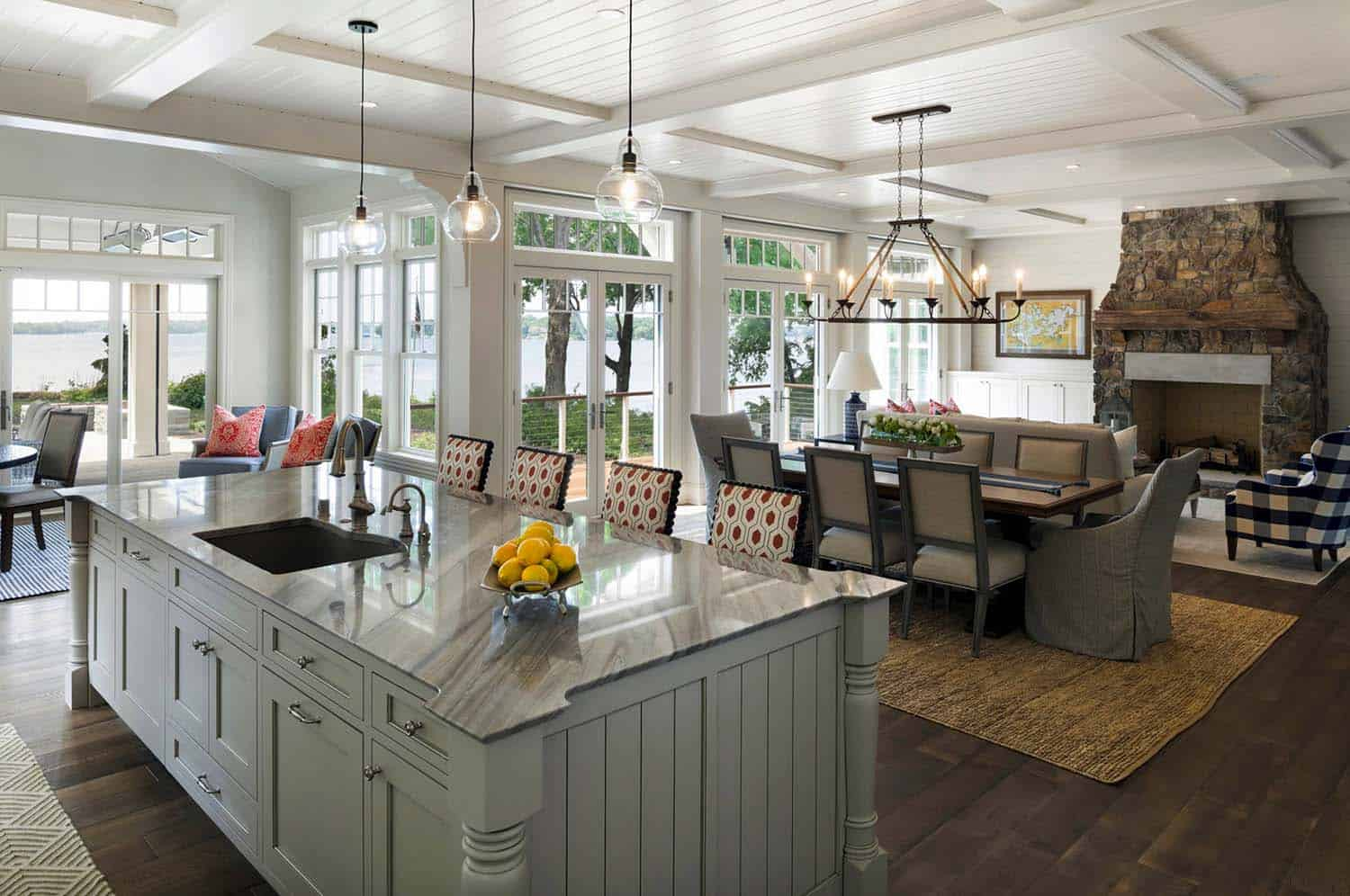 Cottage-Inspired Lake House-Charlie Co Design-05-1 Kindesign
