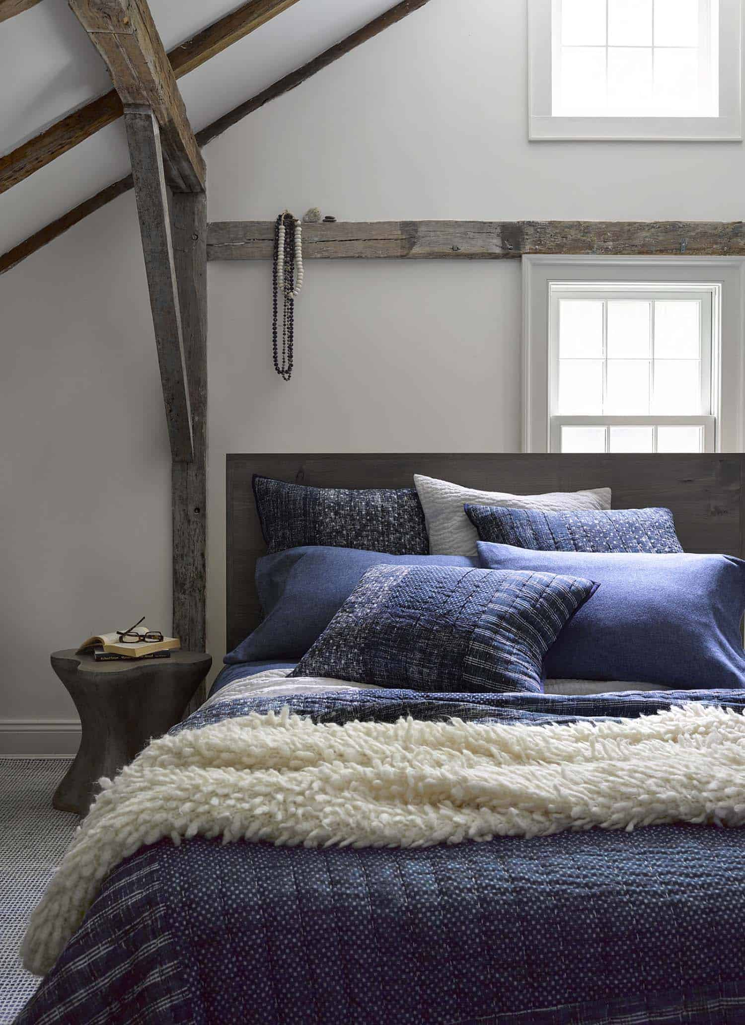 inspiring cozy bedroom | 15 Inspiring ways to cozy up your bedroom space for fall