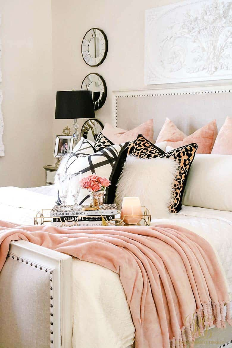 Cozy Fall-Inspired Bedrooms-15-1 Kindesign
