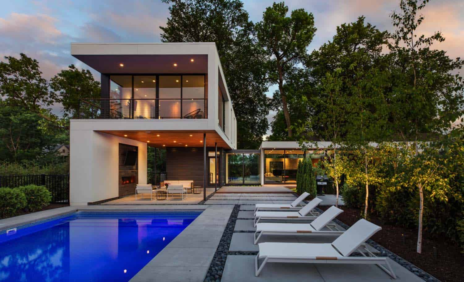 Dynamic Modern Home-Peterssen Keller Architecture-01-1 Kindesign