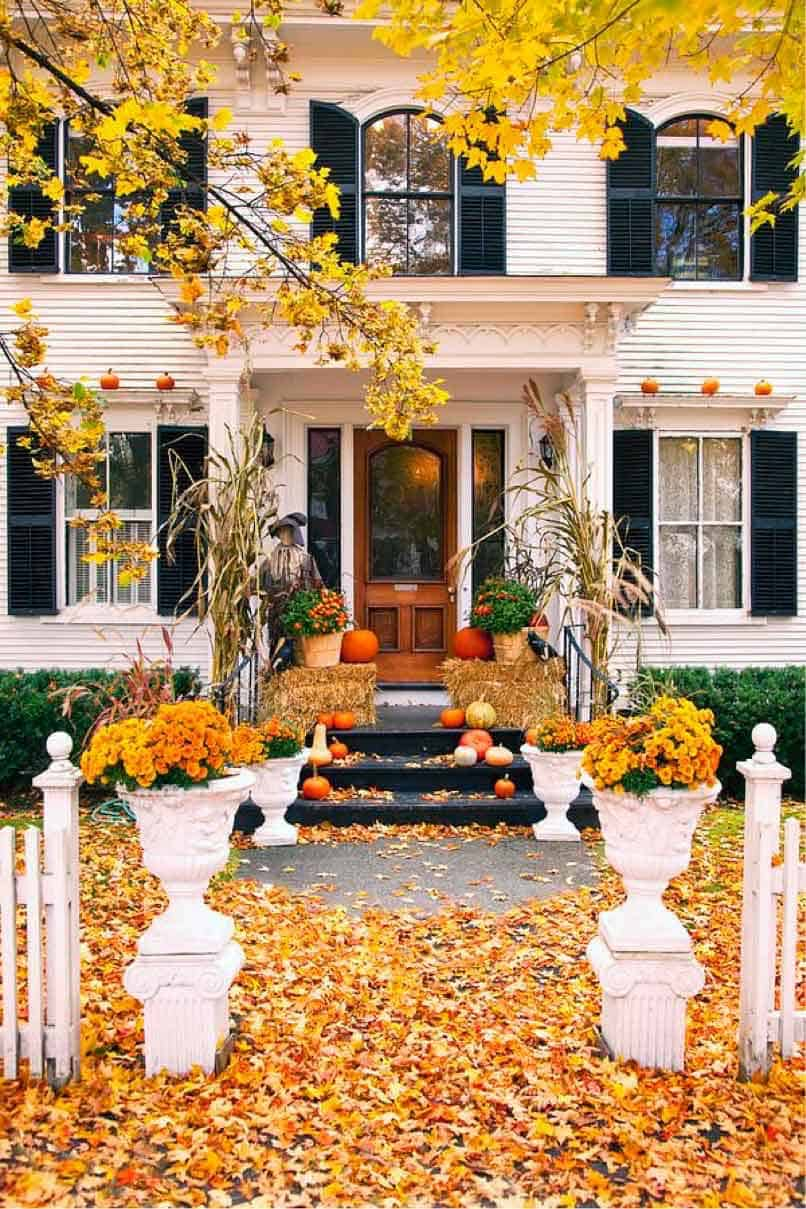 Fall Front Door Decorating Ideas-15-1 Kindesign
