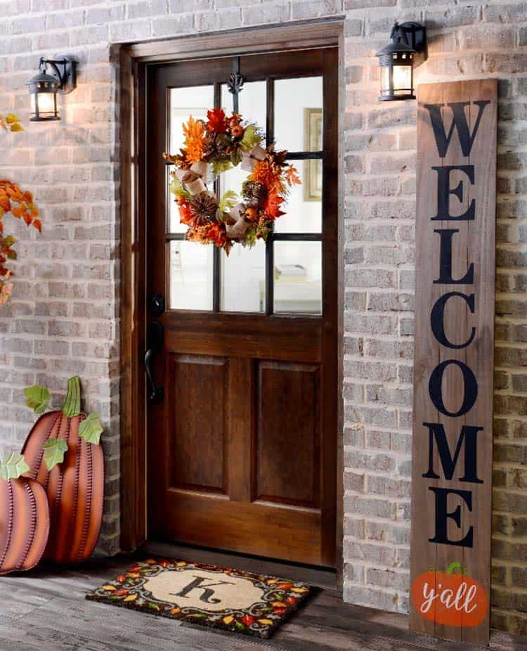 40 amazing ways to decorate your front door with fall style. Black Bedroom Furniture Sets. Home Design Ideas