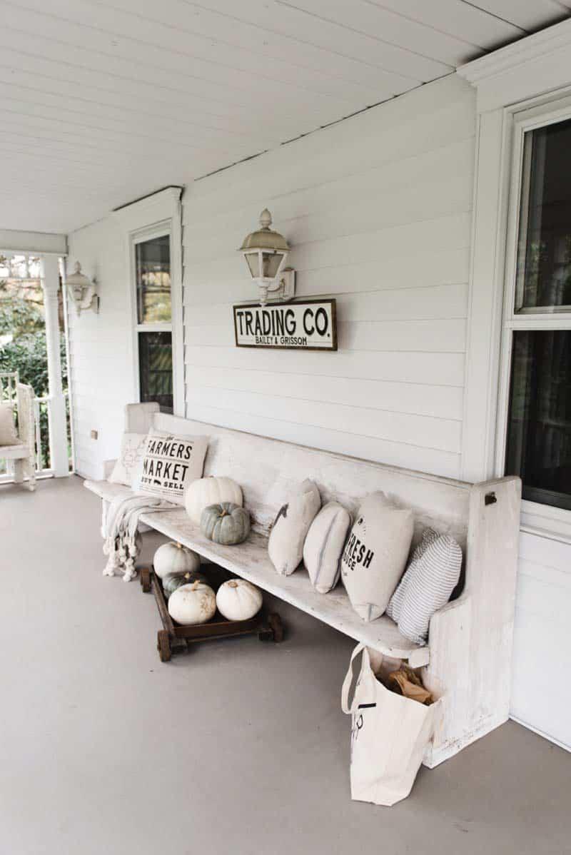 Fall Front Door Decorating Ideas-21-1 Kindesign