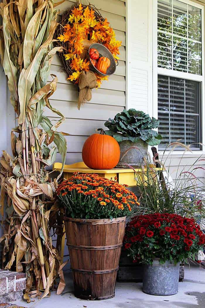 Fall Front Door Decorating Ideas-25-1 Kindesign