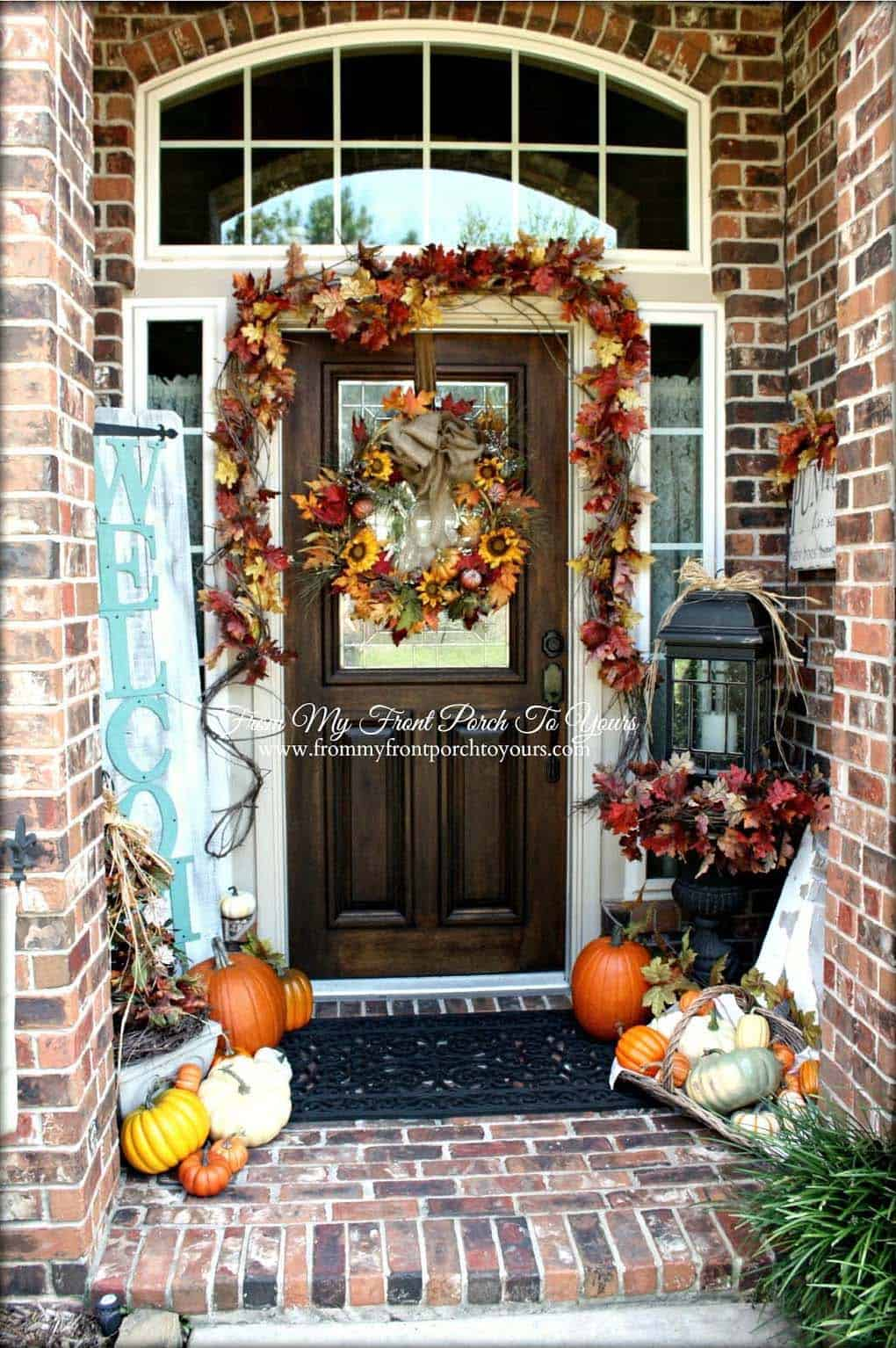 Fall Front Door Decorating Ideas-30-1 Kindesign