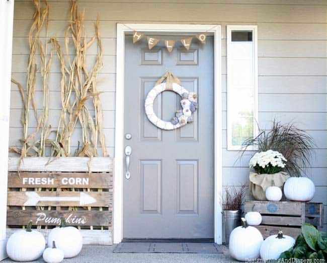 Fall Front Door Decorating Ideas 38 1 Kindesign