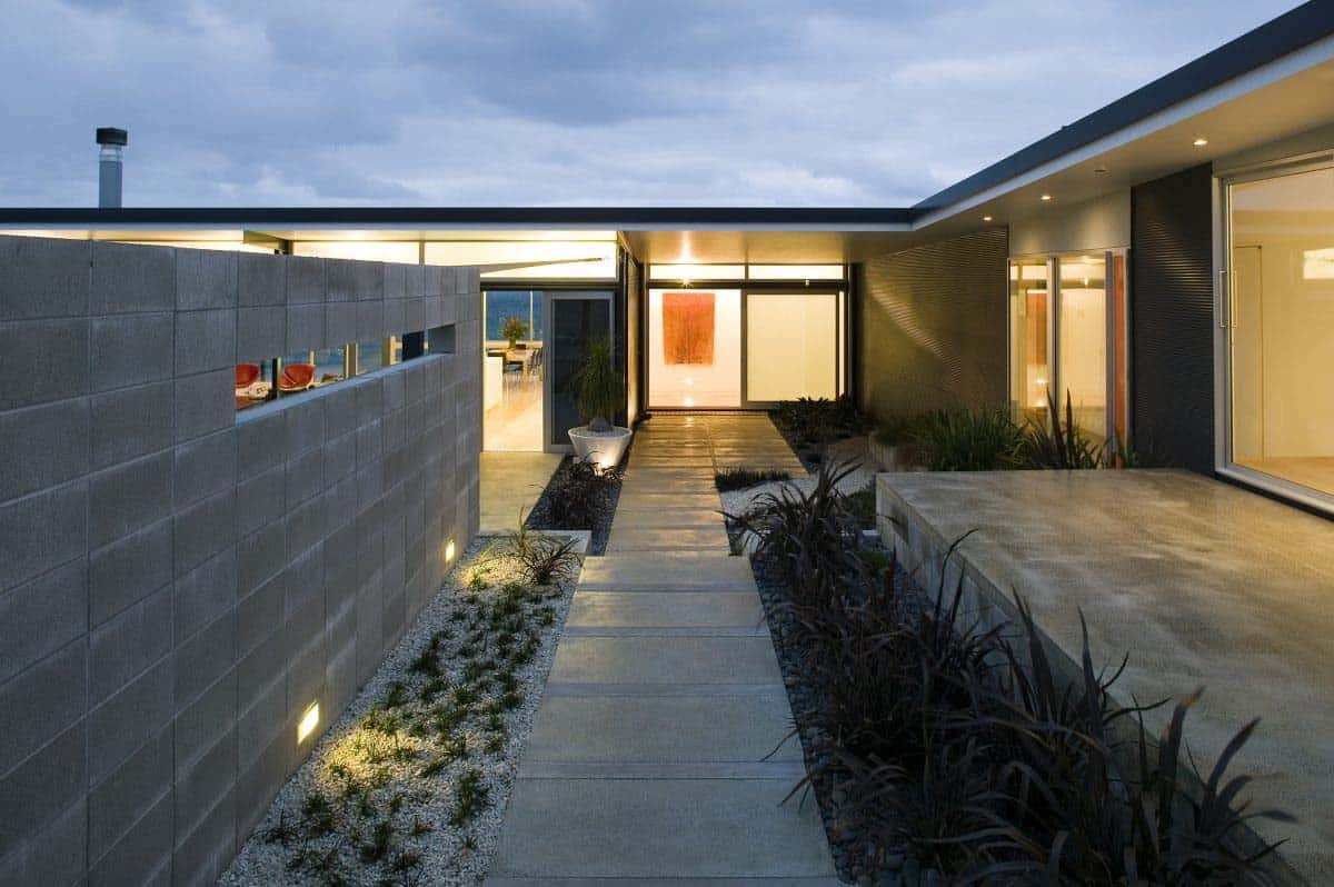 Modern Beach House-Bossley Architects-04-1 Kindesign