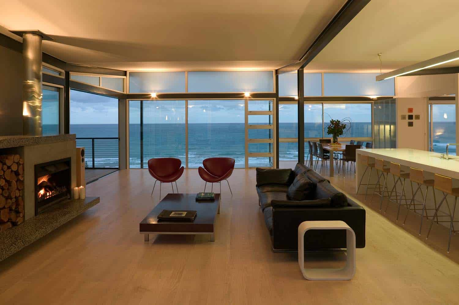 Modern beach house in new zealand embraces its ocean vistas for 4 space interior design