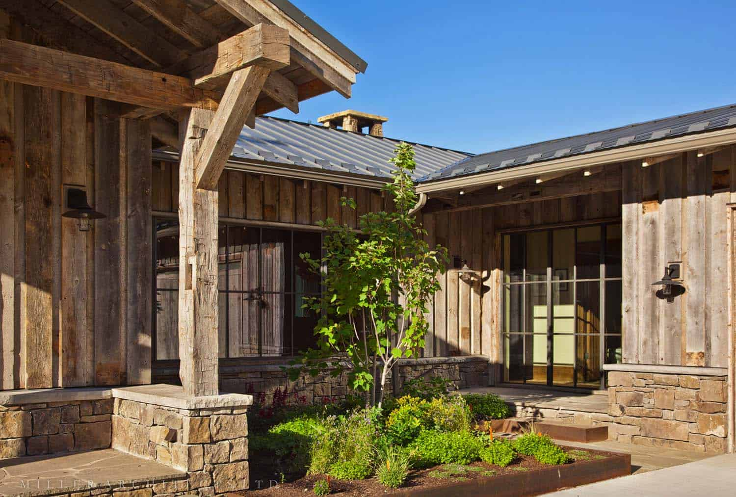 Rustic Mountain Retreat-Miller Roodell Architects-15-1 Kindesign