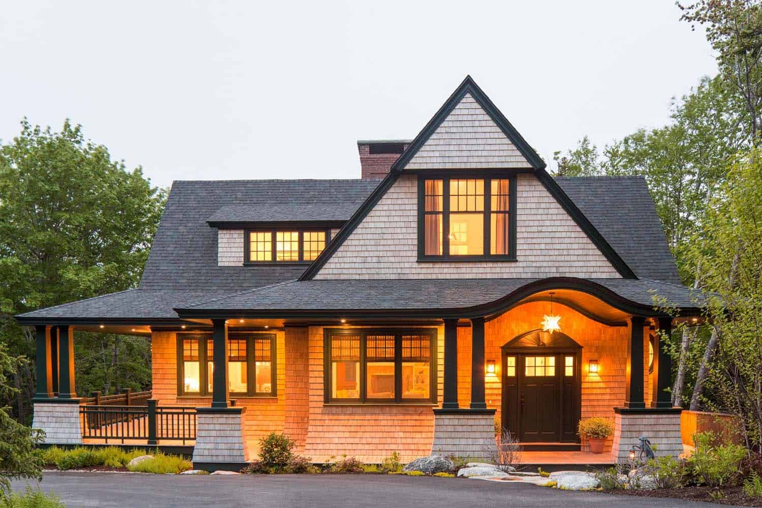 Shingle Style Cottage In The Seaside Village Of Seal