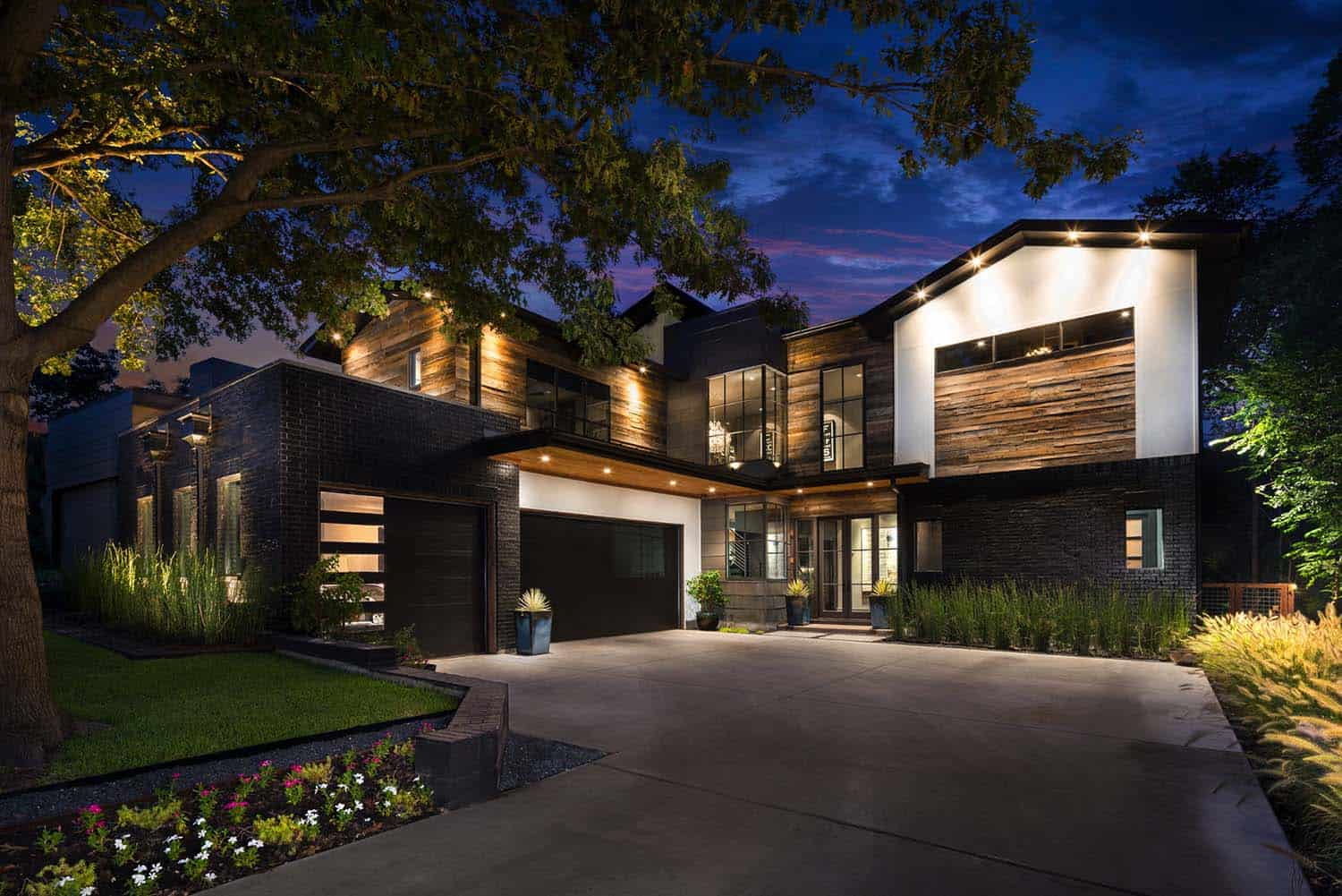 Urban Contemporary Home-Rosewood Custom Builders-01-1 Kindesign