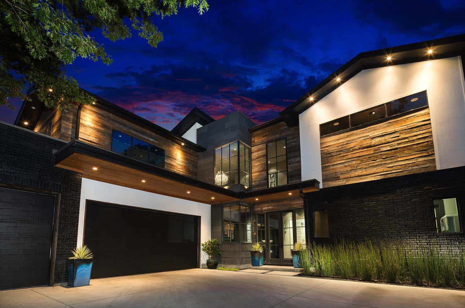 Urban Contemporary Home-Rosewood Custom Builders-17-1 Kindesign