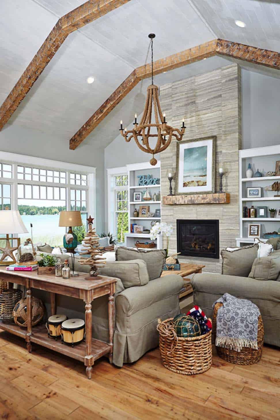 Stunning Beach Style Cottage Designed For Family Living In