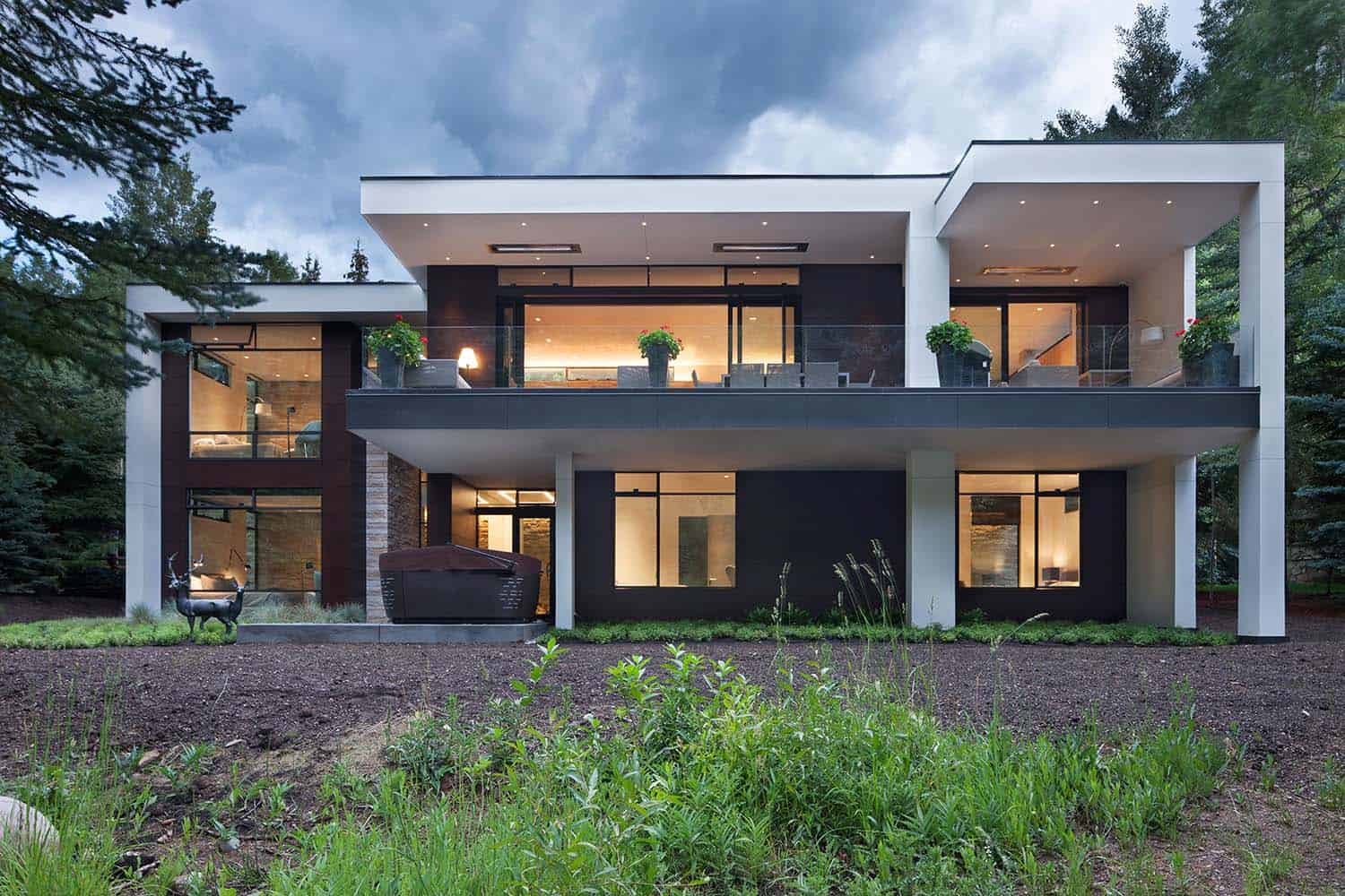 Contemporary Mountain Home-Charles Cunniffe Architects-02-1 Kindesign