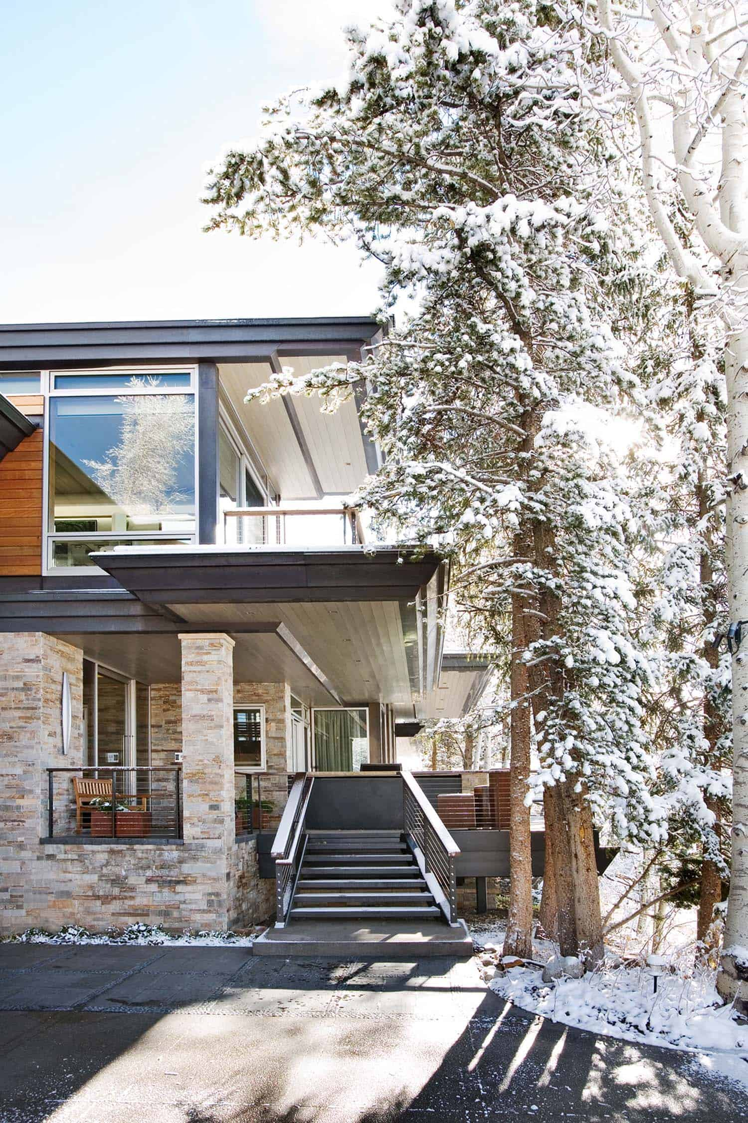 Contemporary Mountain Home-Charles Cunniffe Architects-14-1 Kindesign