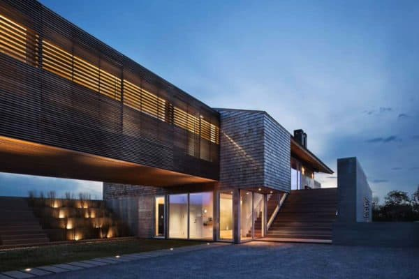 featured posts image for Exquisite contemporary seaside home perched on a hilltop in Montauk