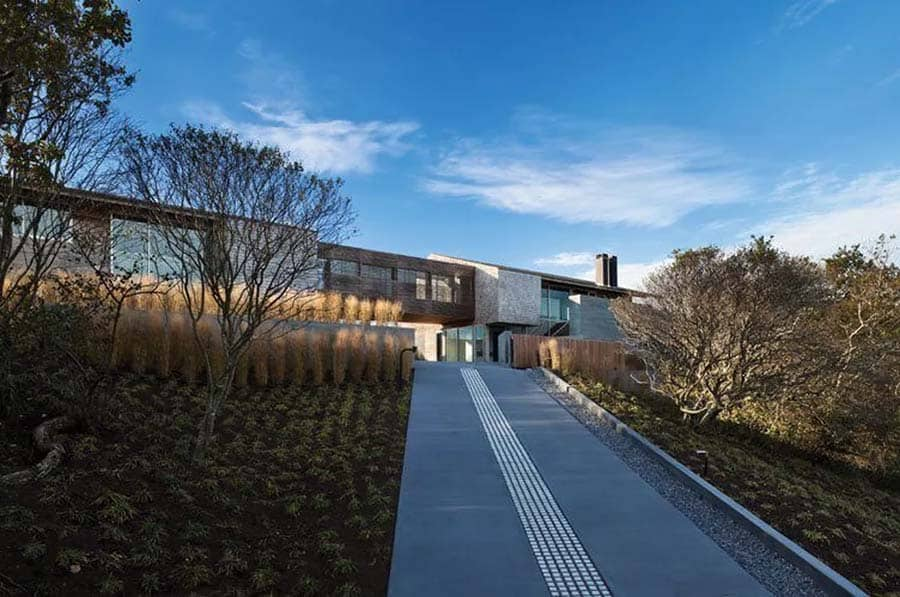 Contemporary Seaside Home-Bates Masi Architects-02-1 Kindesign