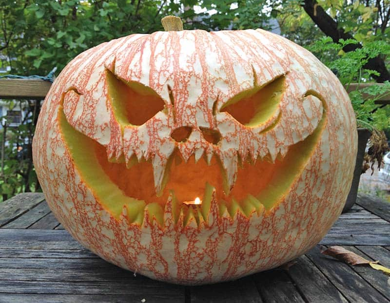 Creative Halloween Pumpkin Carving Ideas-05-1 Kindesign