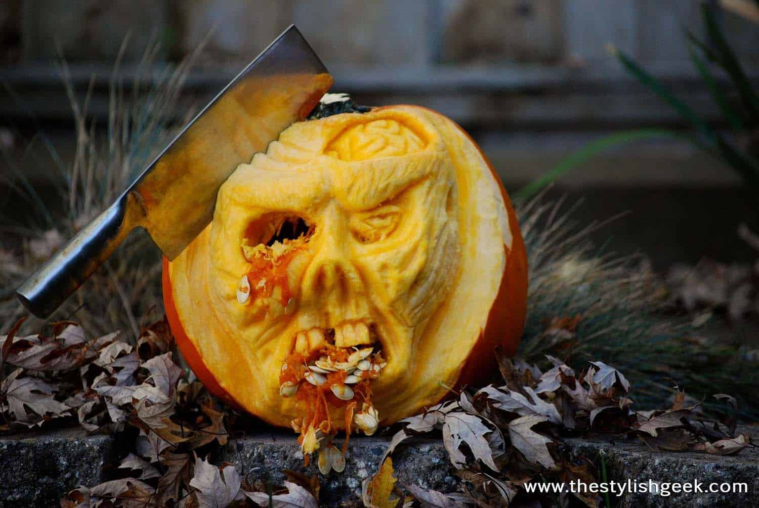 Creative Halloween Pumpkin Carving Ideas-28-1 Kindesign