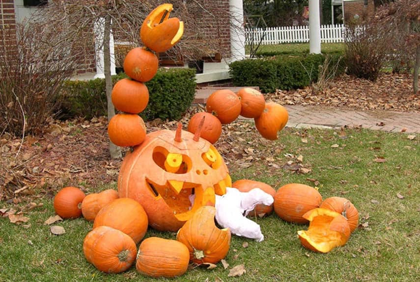 Creative Halloween Pumpkin Carving Ideas-33-1 Kindesign