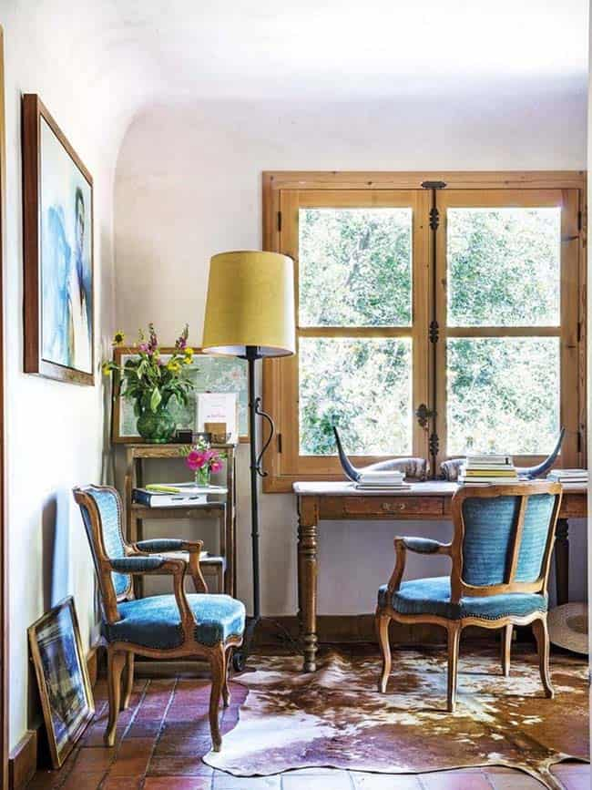 The Interior But There Is A Marked Taste For Furniture And Antique Objects Italian French Spanish Pieces From 17th 18th 19th Centuries