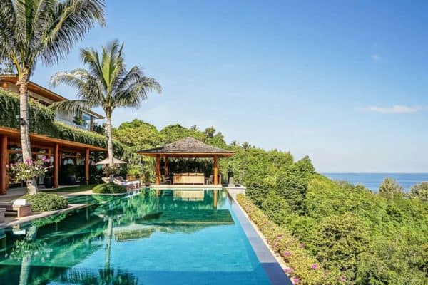 featured posts image for Luxurious oceanfront retreat offers heavenly views over the Andaman Sea