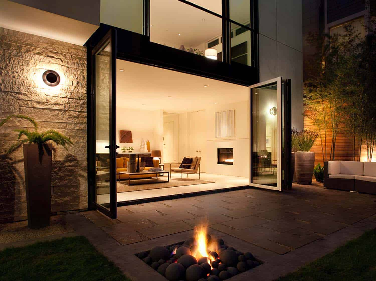 Modern Architecture LEED Platinum Home-36-1 Kindesign