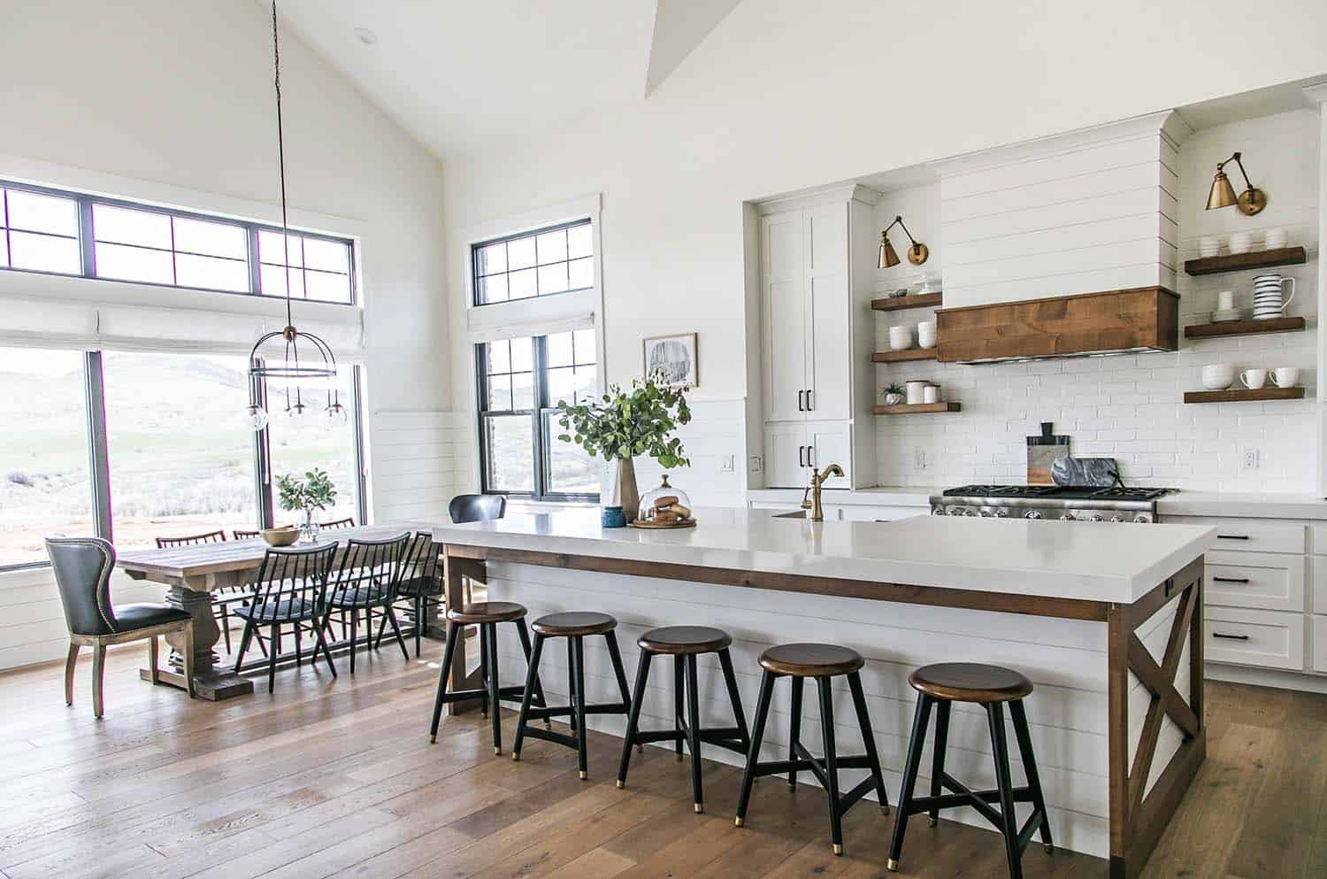 Modern farmhouse style in utah features stylish living spaces for Small modern farmhouse