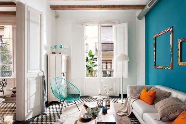 featured posts image for Retro-modern details infused into restored Barcelona apartment