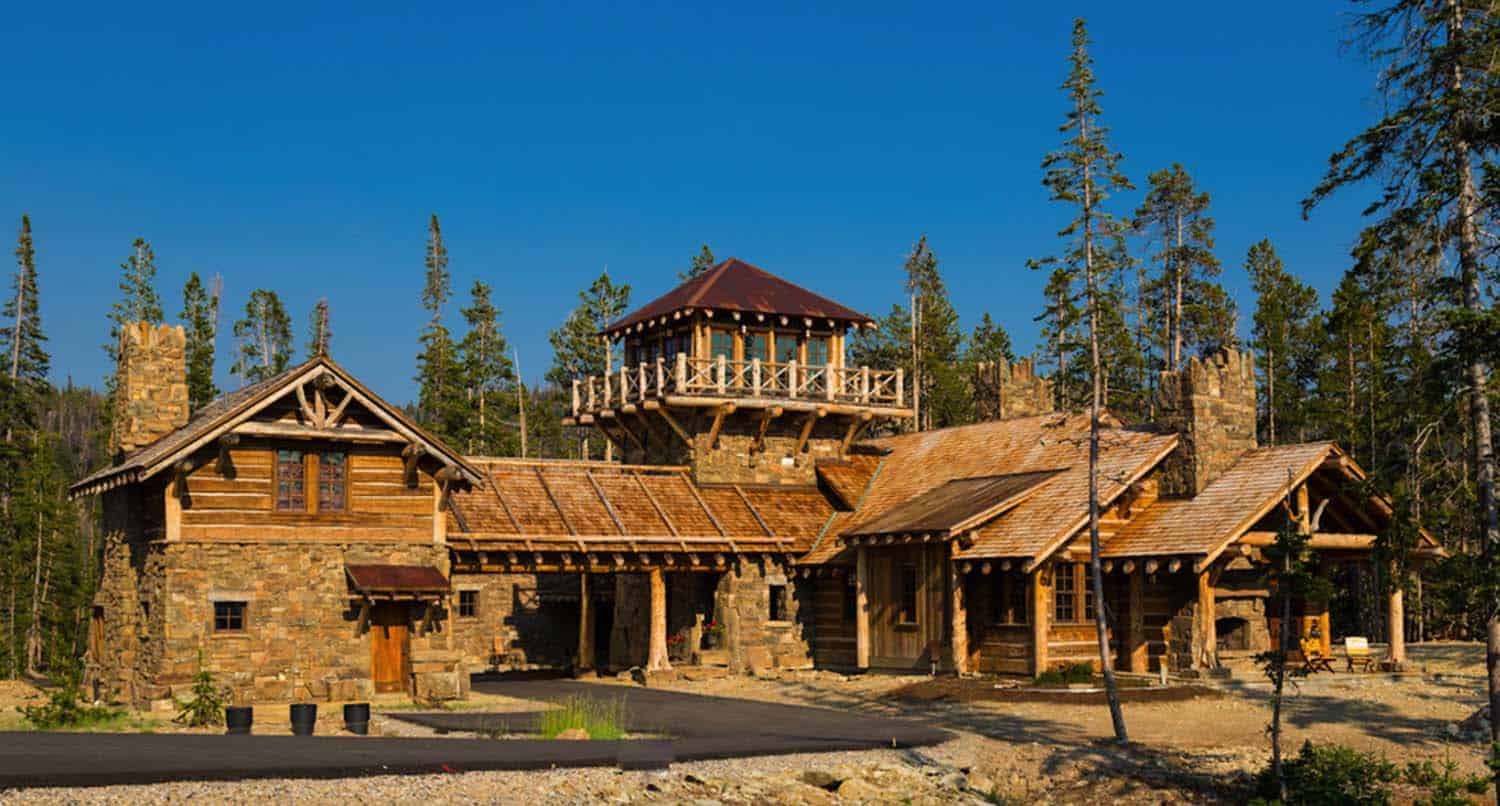 Rustic log cabin luxury defined in this rocky mountain getaway for Log cabin architecture