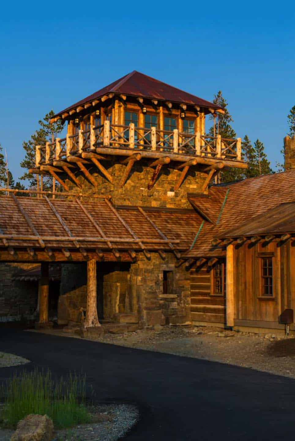 Rustic Log Home Design-Faure Halvorsen Architects-03-1 Kindesign