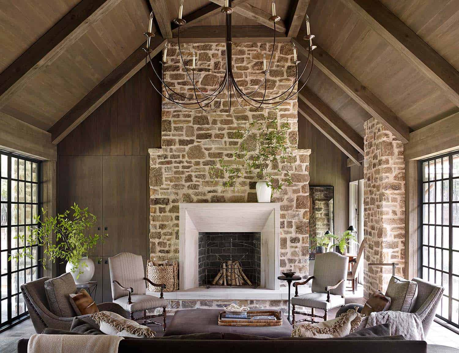 Shingle Style Farmhouse-Jeffrey Dungan Architects-02-1 Kindesign