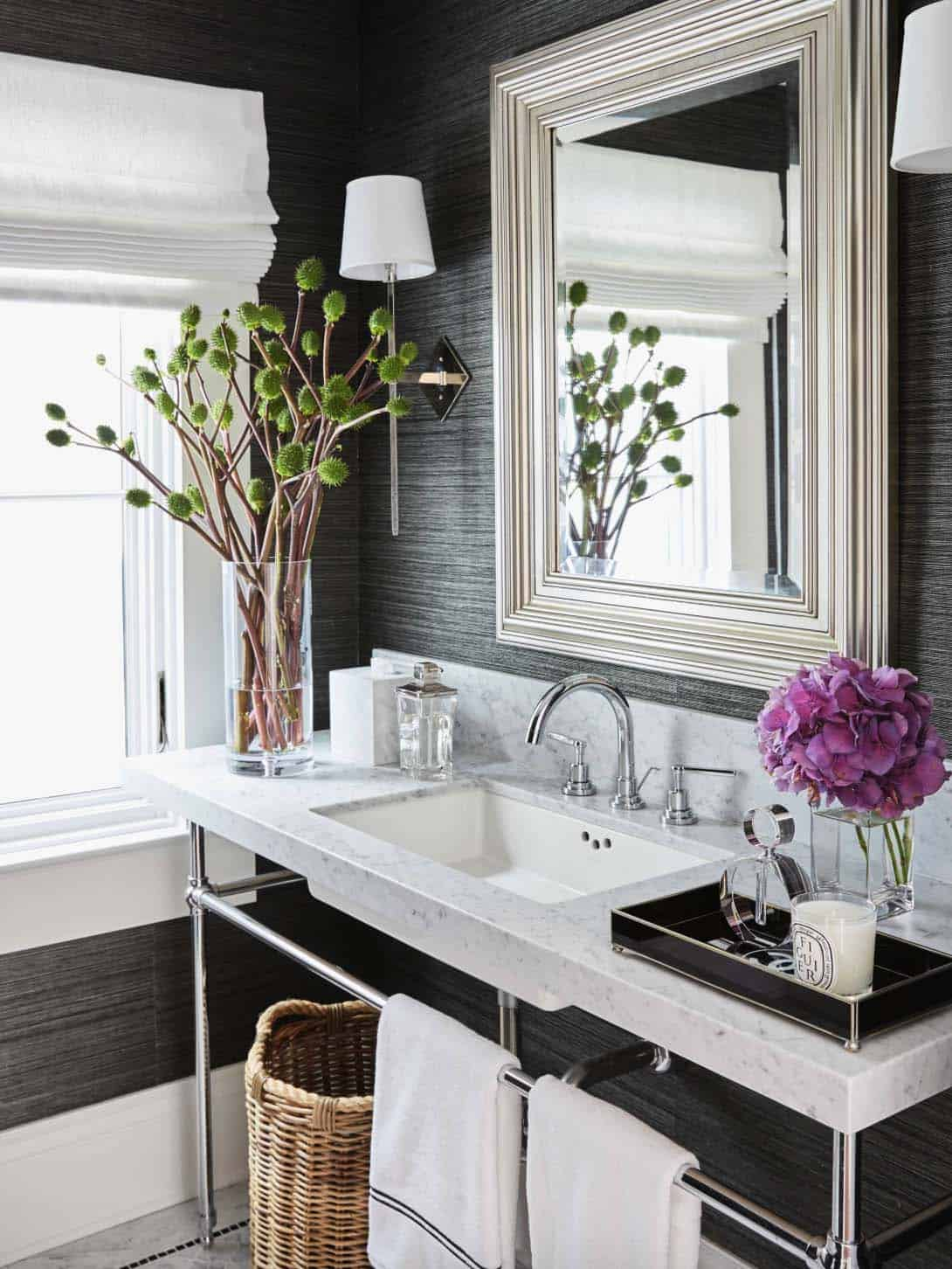 Transitional Style Home-Urrutia Design-23-1 Kindesign