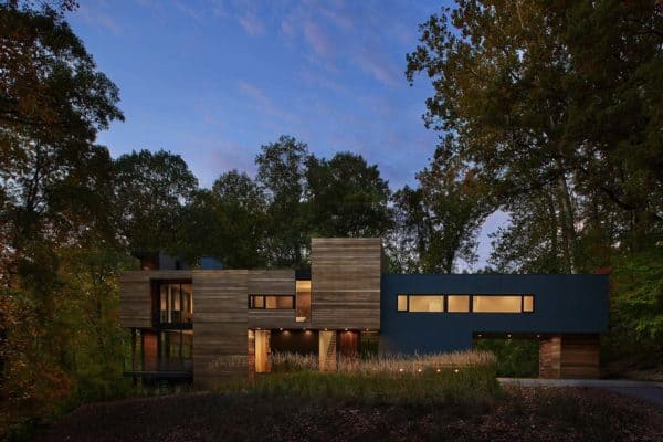 featured posts image for Forested modern home in Maryland offers views of Potomac River