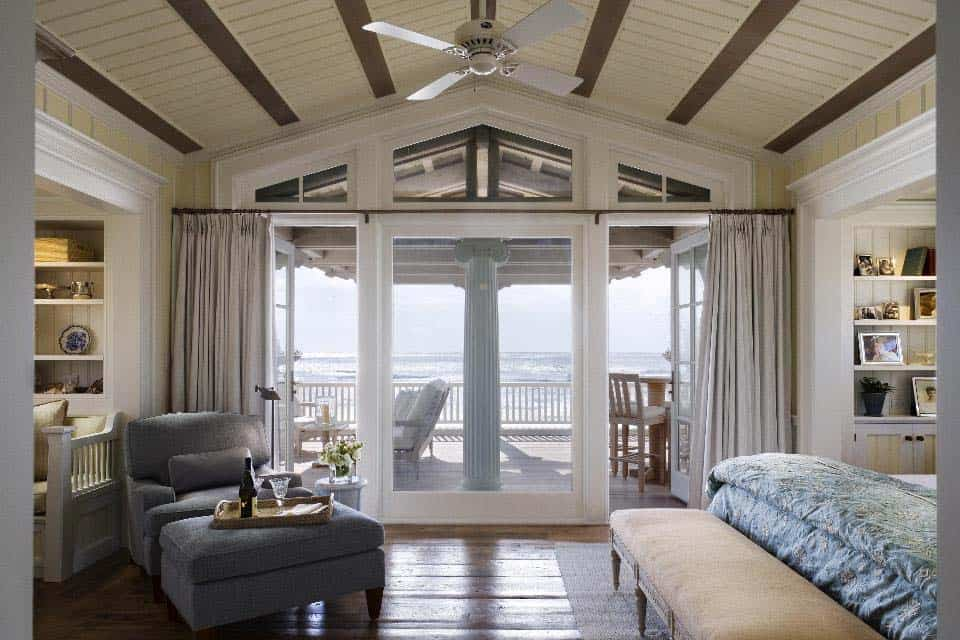 Charming Seaside House-Robert AM Stern Architects-24-1 Kindesign